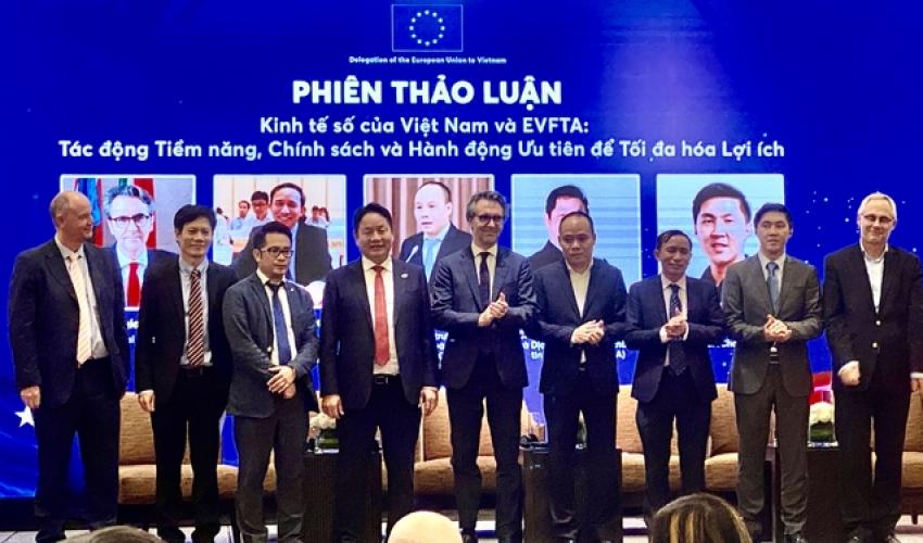 Chủ tịch FPT: 'Đặt chuyển đổi số là sống còn, Việt Nam sẽ tiến rất nhanh'